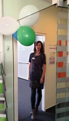 Frau Hornig empfing neugierige Schülerinnen und Schüler